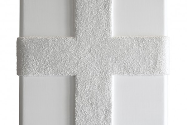 CROSS WHITE