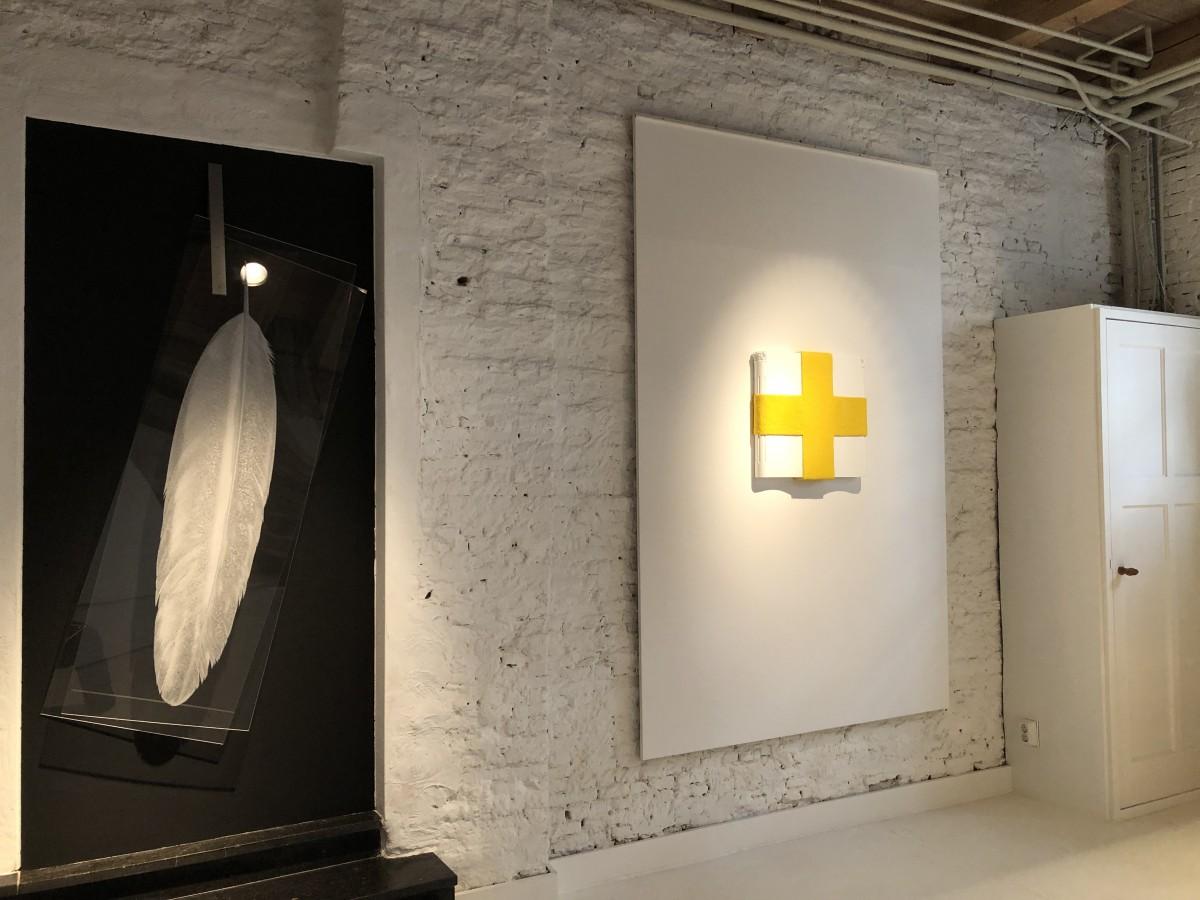 Cross Yellow